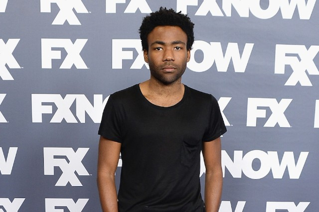 "Childish Gambino Releases Virtual Reality Video for ""Me and Your Mama,"" Still Can't Explain What a ""Virtual Reality Vinyl"" Is"""